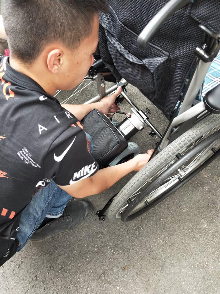 背部輪椅維修